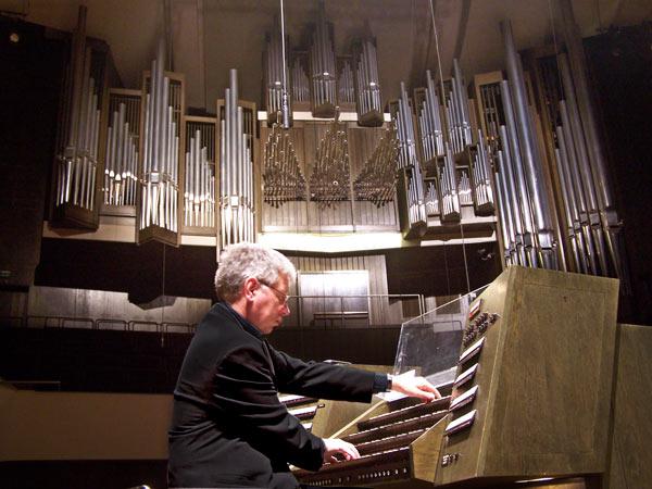 organ_gewandhaus_leipzig.jpg