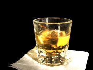 alcoholic-beverage