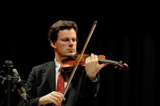 Koelman and his violin - from his website