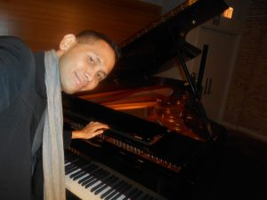 aryow-pianophoto3